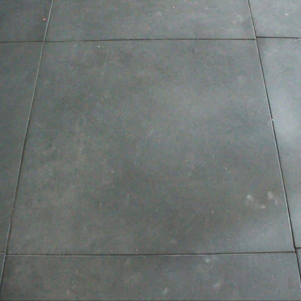 Rubber floor tapis